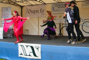 5-OINACHES-Teatro sobre Amor Pilsen_upr