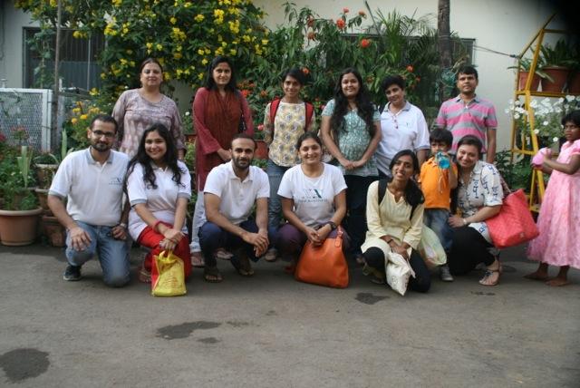 Voluntarios de Nueva Acropolis de India Norte en Asha Dan