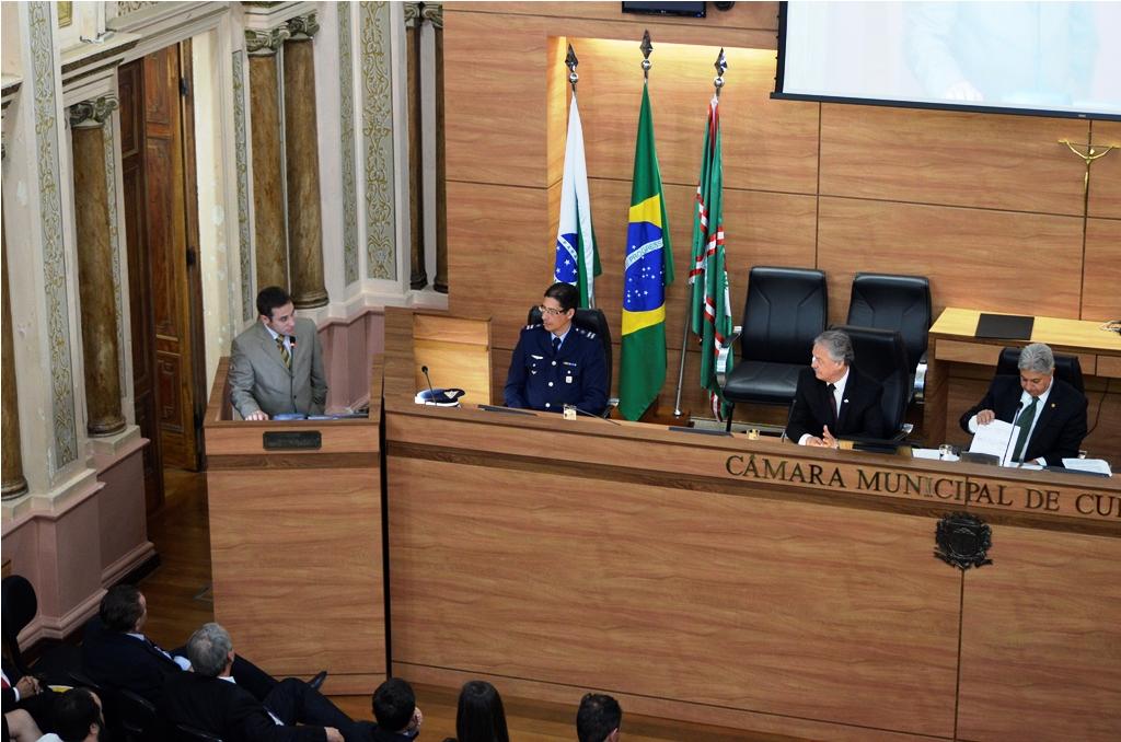 2014 Curitiba Brasil-S Ayuntamiento_Homenaje3