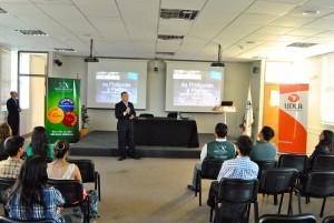 Charla dictada en la Universidad De Las Américas en la ciudad de Viña del Mar por uno de nuestros profesores.