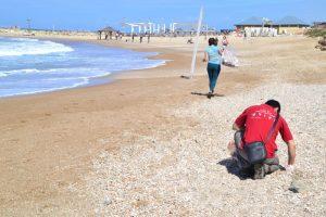 oinais_2016_03_tel_aviv_vlntr_beach_clean_tel_baruch_07