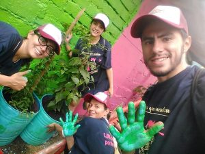 A thousand volunteering actions in Medellin (Colombia)