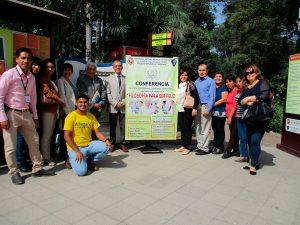 """Alumnos de la Universidad Nacional Mayor de San Marcos asistieron a la conferencia """"Filosofía para ser Feliz"""" (Perú)"""