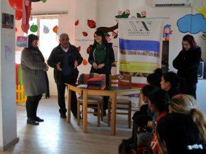 Clases semanales de lengua albanesa para enseñar a leer y escribir (Tirana, Albania)