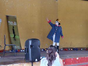 Entrega de material escolar (Cobán, Guatemala)