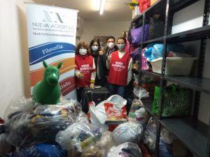 Entrega de la donaciones recibidas de primera necesidad (Montevideo, Uruguay)