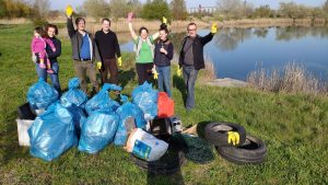 Connecting with Nature – cleaning of a pond in Győr, Hungary